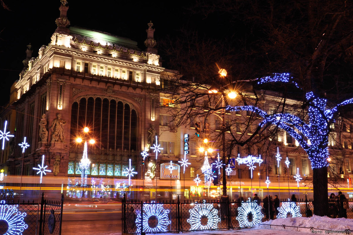 Новый год 2021 в Петербурге отдых
